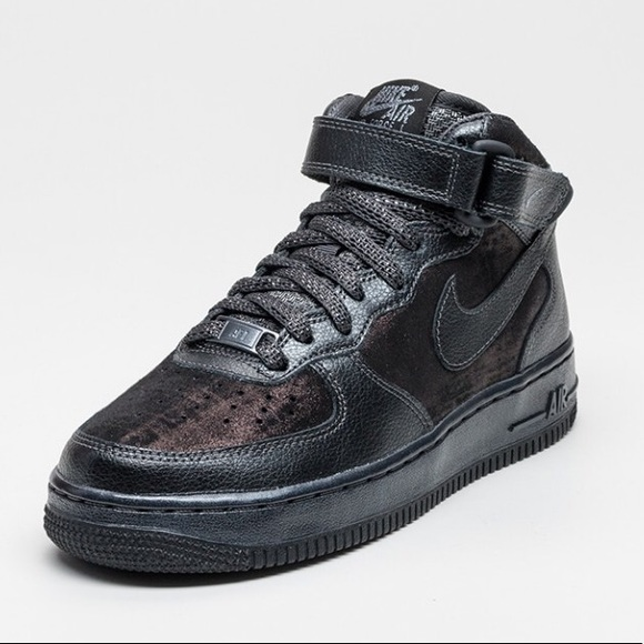 le scarpe nike flash vendita air force 1 metà donne poshmark ridotta